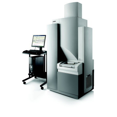 4800 Plus MALDI TOF/TOF Analyzer with table and computer