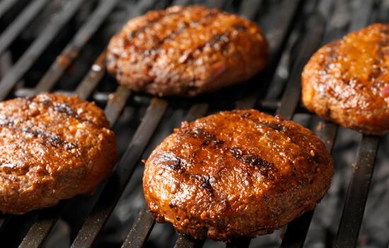 使用 LC-MS/MS 验证肉类成分